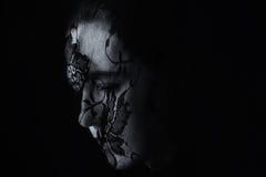 Retrato do Oriente Médio da mulher que olha triste com os artis pretos do hijab Foto de Stock Royalty Free