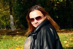 Retrato do outono de uma menina Fotografia de Stock