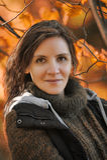 Retrato do outono de uma mulher moreno Imagem de Stock