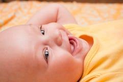 Retrato do sorriso adorável do menino Imagens de Stock Royalty Free