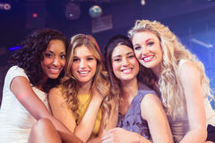 Retrato do sorriso bonito das meninas Fotos de Stock Royalty Free