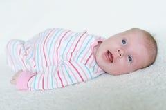 Retrato do sorriso 1 mês de bebê Foto de Stock Royalty Free