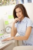 Retrato do trabalhador de escritório fêmea Imagem de Stock