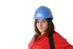 Retrato do trabalhador fêmea novo com capacete Fotografia de Stock