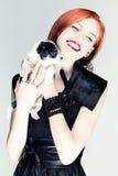 Retrato do vintage de uma senhora com um cachorrinho Imagem de Stock