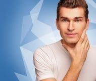 Retrato dos homens novos. Modelo masculino. Fotografia de Stock Royalty Free