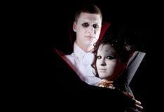 Retrato dos pares do vampiro Fotografia de Stock Royalty Free