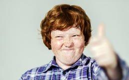 Retrato emocional del muchacho pelirrojo Imagen de archivo libre de regalías