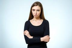 Retrato enojado serio joven de la mujer Fotografía de archivo libre de regalías