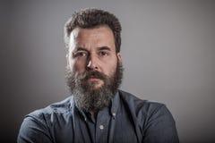 Retrato enorme de la barba, hombre caucásico adulto maduro Imagen de archivo