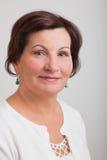 Retrato envelhecido médio da mulher foto de stock