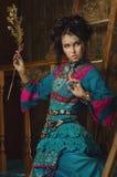 Retrato estilizado do vintage da jovem mulher no estilo do ethno imagem de stock