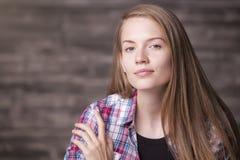 Retrato europeo de la muchacha Fotos de archivo