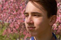 Retrato exterior del muchacho adolescente Imagen de archivo