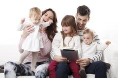 Retrato feliz da família Imagens de Stock Royalty Free
