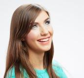 Retrato feliz sonriente de la mujer de los jóvenes en blanco Fotos de archivo