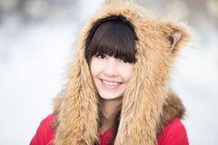 Retrato femenino afuera en invierno Fotografía de archivo