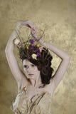 Retrato femenino de la señora linda dentro Foto de archivo