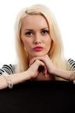 Retrato femenino joven atractivo contra blanco fotos de archivo libres de regalías