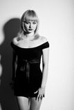 Retrato glamoroso de um blonde bonito Fotos de Stock