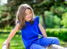 Retrato hermoso de jugar lindo del niño Fotos de archivo