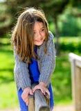 Retrato hermoso de jugar lindo del niño Fotos de archivo libres de regalías