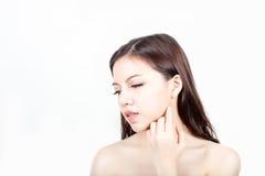 Retrato hermoso de la cara de la mujer con la piel sana Foto de archivo libre de regalías