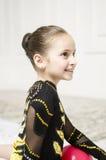 Retrato hermoso de la muchacha del entrenamiento del deporte Imagenes de archivo