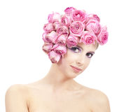 Retrato hermoso de la mujer con las rosas Fotos de archivo libres de regalías