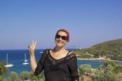 Retrato hermoso de la mujer en Datça, Turquía imagenes de archivo