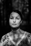 Retrato hermoso de la mujer joven Imagen de archivo
