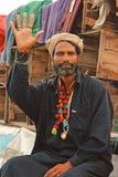 Retrato - hombre de Malang en la playa de Clifton, Karachi Imagenes de archivo