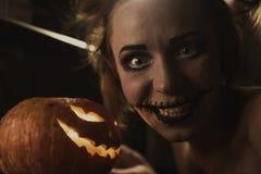 Retrato horrible de la muchacha Imagen de archivo libre de regalías