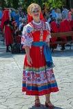 Retrato inmediato de la muchacha ucraniana en el traje tradicional 1 Fotografía de archivo libre de regalías
