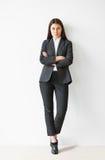 Retrato integral de la mujer de negocios hermosa Imagen de archivo libre de regalías