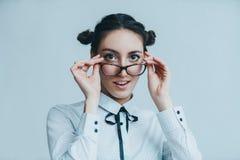 Retrato joven de la mujer de negocios imagen de archivo libre de regalías