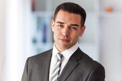 Retrato latino-americano do homem de negócio imagens de stock royalty free