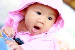 Retrato lindo del bebé del bebé imagenes de archivo