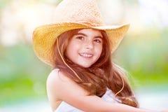 Retrato lindo feliz de la muchacha Fotos de archivo libres de regalías