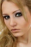 Retrato louro bonito da mulher imagem de stock royalty free