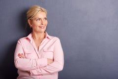 Retrato maduro bonito da mulher imagens de stock royalty free