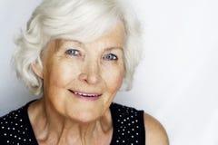 Retrato mayor de la mujer Imágenes de archivo libres de regalías