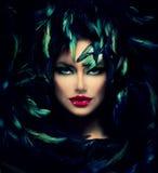 Retrato misterioso da mulher Fotos de Stock Royalty Free