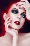 Retrato modelo com composição artística Fotos de Stock Royalty Free