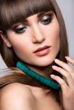Retrato modelo trigueno de la moda hairstyle Imagen de archivo libre de regalías