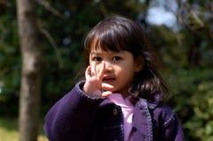 Retrato - muchacha al aire libre foto de archivo