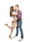 Retrato novo dos pares, beijando em datar do amor, da mulher e do homem Imagens de Stock Royalty Free