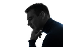 Retrato pensativo de pensamento sério da silhueta do homem Fotos de Stock Royalty Free