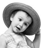 Retrato preto e branco da menina com chapéu Imagens de Stock Royalty Free