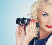 Retrato retro da mulher encantadora imagem de stock royalty free